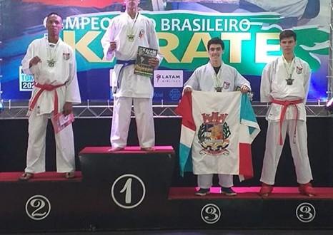 TRABIJU É BRONZE NO CAMPEONATO BRASILEIRO DE KARATE 2019